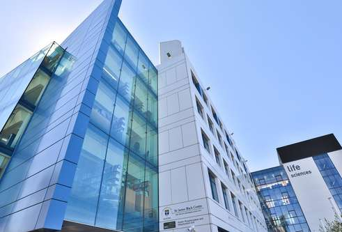 school of life sciences building