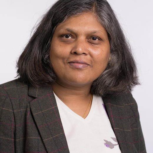 Portrait photo of Divya Jindal-Snape
