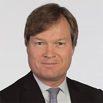 Portrait photo of Peter Bekker